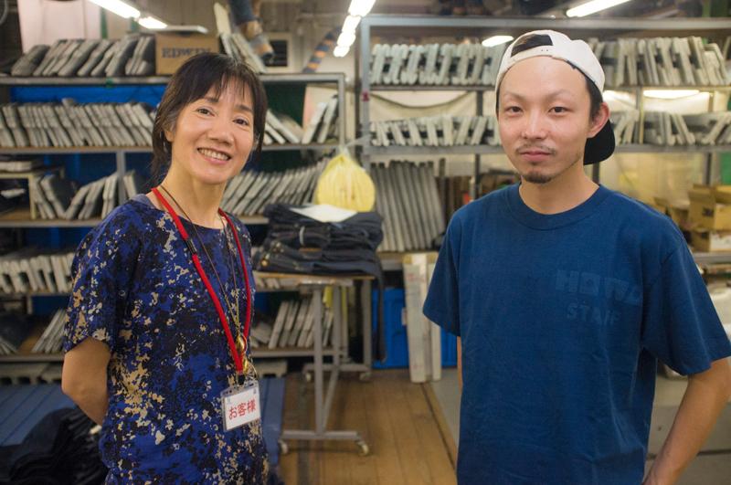 豊和の企画開発担当・平松達也さん(右)とタネモリ