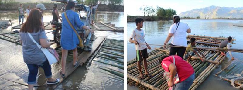 支援物資を被災者のコミュニティに届けるために、水位の上がった川を渡りました。
